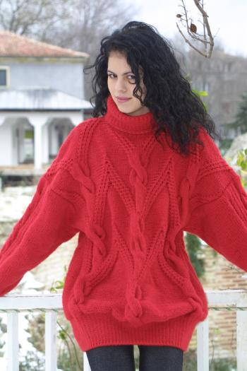 Free Knitting Patterns For Girl Sweaters : Free Knitting Patterns. Free pattern for womens sweater. Free baby mitte...